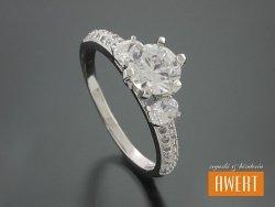 ALACA CRYSTAL srebrny pierścionek z cyrkoniami roz. 15