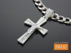 Diamentowany krzyżyk srebrny z Jezusem