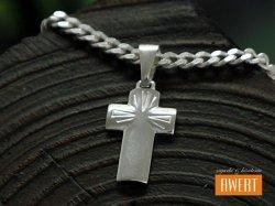 Płaski krzyżyk polerowany lite srebro 925