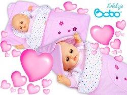 Becik dla lalki z kapturkiem i aplikacją różowe paseczki