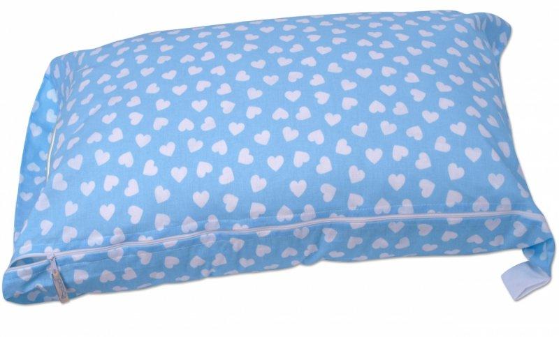 Pokrowiec na śpiworek serduszka w błękicie