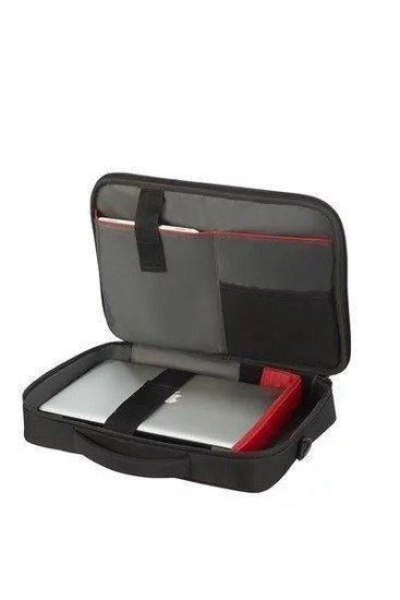 Torba wewnątrz posiada miejsce na laptopa, zasilacz, dysk zewnętrzny
