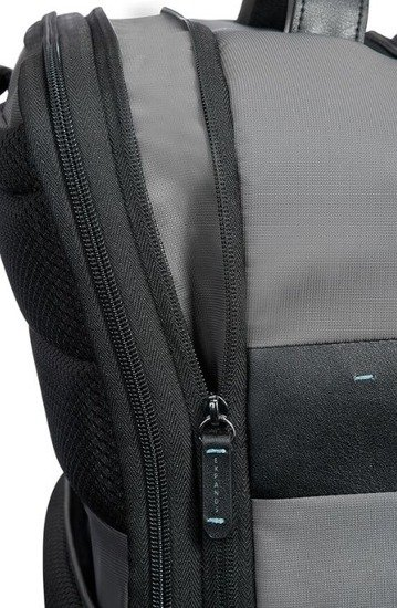 Plecak posiada możliwość zwiększenia swojej objętości