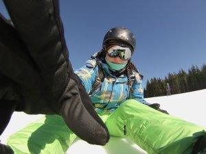 Jak wybrać kask na snowboard?