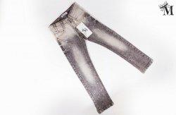Spodnie jeansowe 372