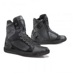 Forma HYPER CZARNE krótkie buty miejskie