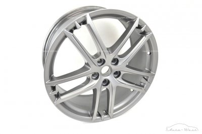 Maserati Granturismo MC Stradale Front alloy wheel