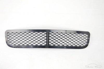 Bentley Arnage 2000 Front bumper central grille