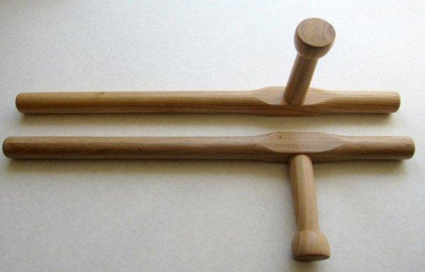 Tonfa wzór okinawa 53cm