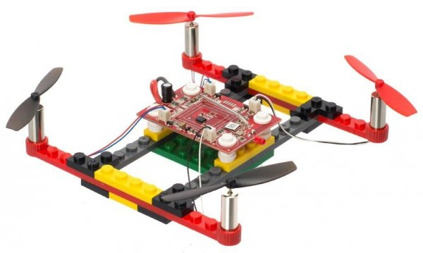Dron RC z kloców DIY