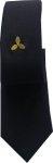 krawat koloru czarnego ze śrubą