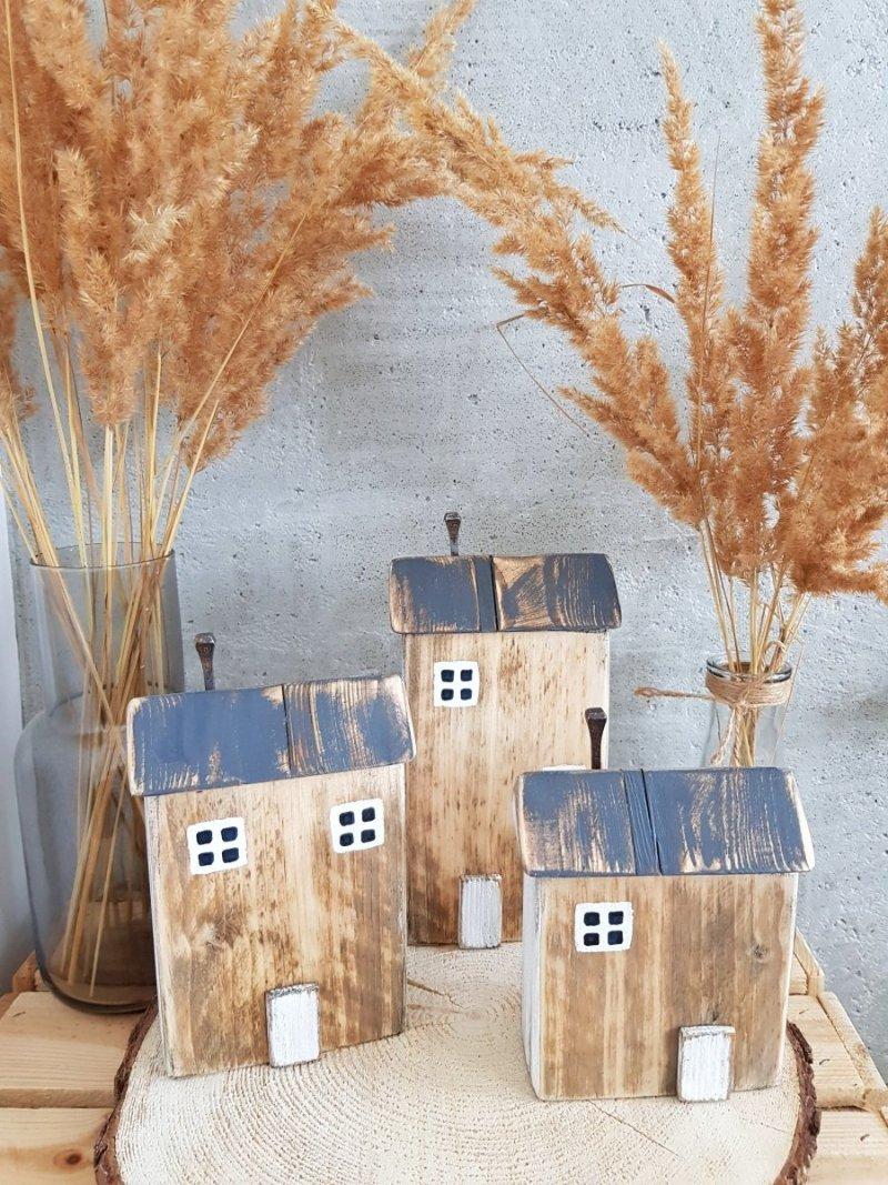 Drewniany domek natural