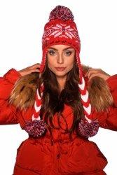Czapka w zimowe wzory z warkoczami i pomponami LC115 czerwony