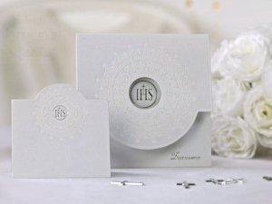 Zaproszenia komunijne z białym ornamentem ZPK16