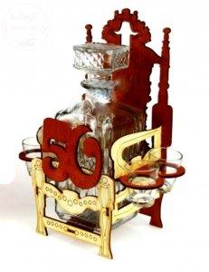 Karafka z kieliszkami Tron na 50-te urodziny