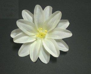 Kwiat sztuczny  DALIA  w kolorze jasnokremowym