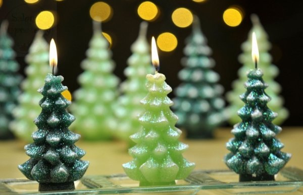 Świeczka choinka zielona zapachowa 1szt