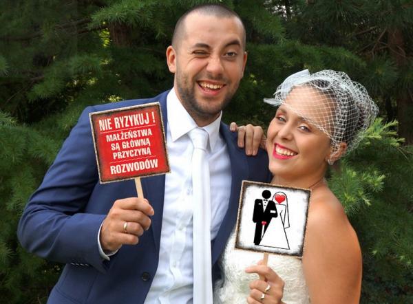 """Tablczki do fotobudek """" Nie ryzykuj Małżeństwa.."""""""