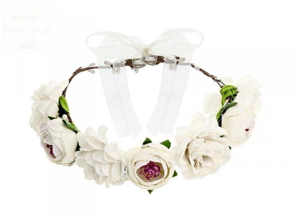 Wianek z białych kwiatów 17 cm