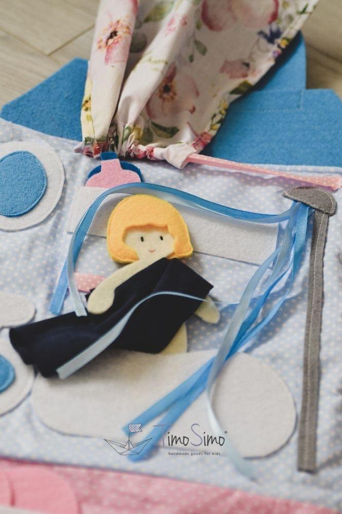 Składany domek dla lalki – mata książeczka sensoryczna dla dziewczynki 3+