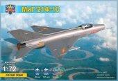 Modelsvit 72042 MiG-21 F-13 Supersonic jet fighter 1/72