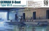 AFV Club 73505 German U-Boat Type VIID Minenleger