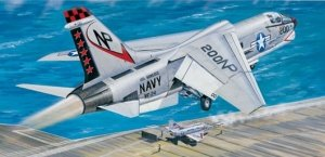 Trumpeter 02273 F-8J Crusader (1:32)