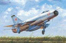 Trumpeter 02896 Soviet Su-9 Fishpot (1:48)