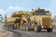 Hobby Boss 85502 M1070 Truck Tractor and M1000 HET Semi-trailer (1:35)