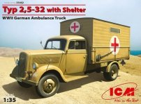 ICM 35402 Typ 2.5-32 with Shelter WWII German Ambulance Truck (1:35)