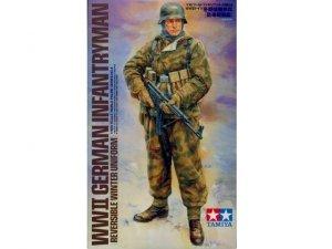 Tamiya 36304 WWII German Infantryman (1:16)