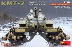 MiniArt 37070 KMT-7 EARLY TYPE MINE-ROLLER (1/35)