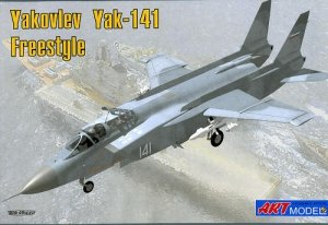 Art Model 7205 Yakovlev Yak 141 Freestyle (1:72)