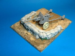Panzer Art RE35-183 North Africa light anti-tank gun stand 1/35