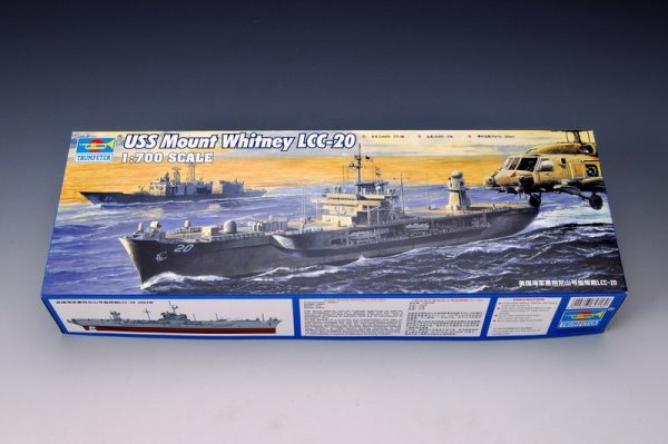 Trumpeter 05718 USS MOUNT WHITNEY LCC-20 2004 1:700