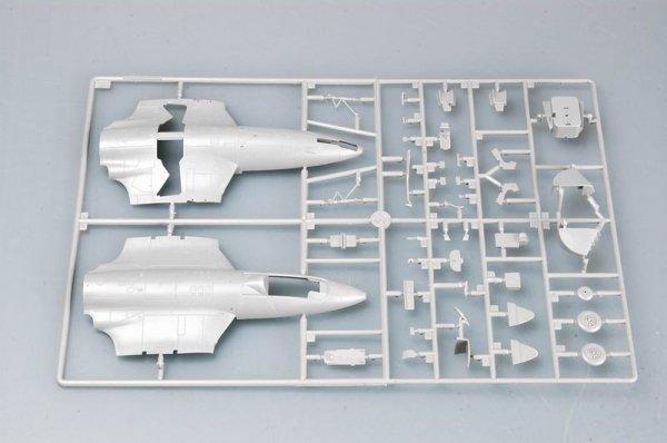Trumpeter 02827 British Hawker Sea Hawk MK.100/101 (1:48)