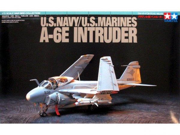 Tamiya 60742 U.S. Navy/U.S. Marines A-6E Intruder (1:72)