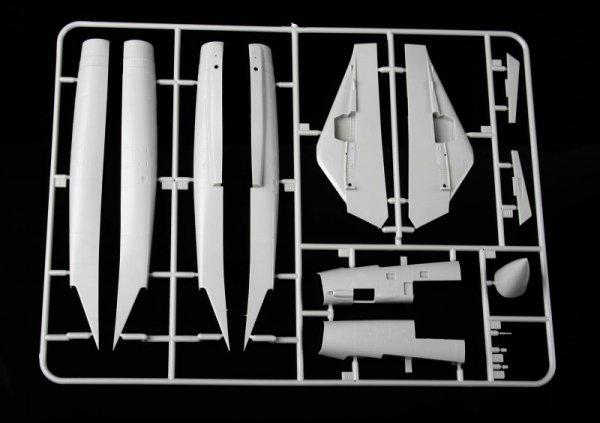 """KA Models KP-72002A F-14A PLUS Tomcat """"SantaCat"""" (ex Fujimi) 1/72"""