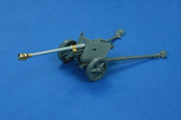 RB Model 1:35 7.5cm PaK40 L/46 (35B57)