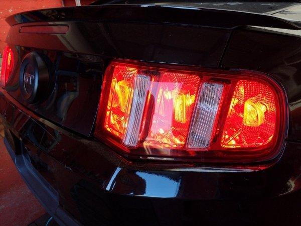Zestaw do modyfikacji lamp tylnych Ford Mustang 2010-2012