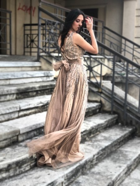 Vestito oro - Oro lungo elegante - Corpetto decorato - Vestiti lunghi eleganti - Gogolfun.it