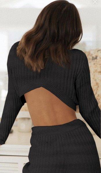 Tuta nera, sexy ed elasticizzata - Completo donna, nero