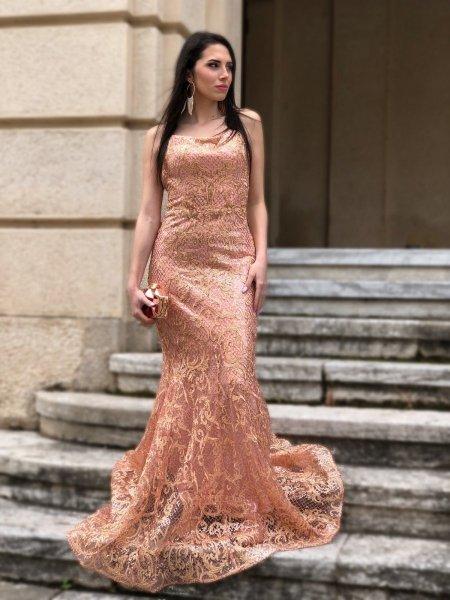 Vestito a sirena, rosa cipria - In pizzo