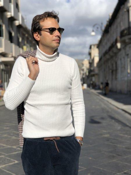 Maglione collo alto bianco - Boutique online - Gogolfun.it