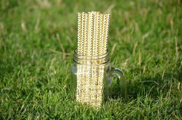 piękne złote słomki