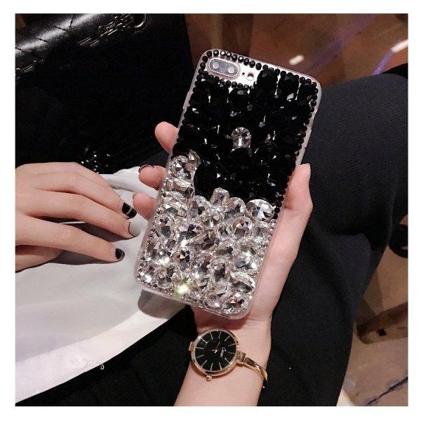 Etui na iPhone 7 z ozdobami