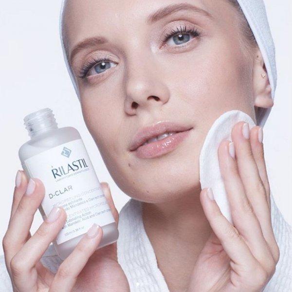 Skoncentrowany micro - peeling do twarzy na bazie kwasu migdałowego Rilastil D-clar 100ml