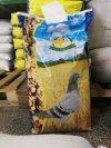 Mieszanka dla gołębi PE Pierzeniowa Extra