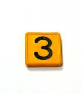 Numer 3 na obroże identyfikacyjną