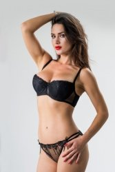 Figi Model Nina 300 Black